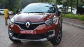 Renault Captur front three quarters