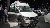 Volkswagen California XXL Concept front three quarters