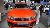 Volkswagen Tiguan Allspace R-Line front at IAA 2017