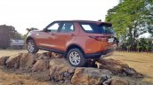 Land Rover Discovery on the rocks