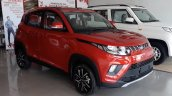 Mahindra KUV100 NXT front three quarters