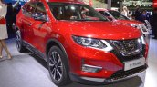 2018 Nissan X-Trail front three quarters at 2017 Dubai Motor Show