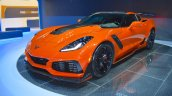 2019 Chevrolet Corvette ZR1 front three quarters left side at 2017 Dubai Motor Show