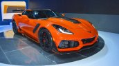 2019 Chevrolet Corvette ZR1 front three quarters right side at 2017 Dubai Motor Show