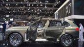BMW Concept X7 iPerformance left side at 2017 Dubai Motor Show
