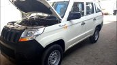 Mahindra TUV300 Plus front three quarters