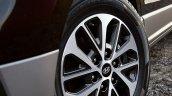 2018 Hyundai Grand Starex facelift wheel