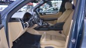 2018 Porsche Cayenne S front seats at 2017 Thai Motor Expo.JPG