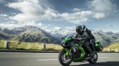 Kawasaki Ninja H2 SX SE press front left quarter action