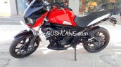 Mahindra Mojo low cost variant at dealership left side