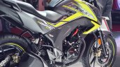 2018 Honda CB Hornet 160R side panels at 2018 Auto Expo