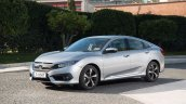 2018 Honda Civic diesel front three quarters