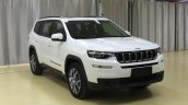 2018 Jeep Grand Commander FWD front three quarters