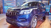 Mahindra Rexton front three quarters at Auto Expo 2018