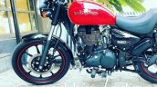 Royal Enfield Thunderbird 350X Red spied ahead of launch fuel tank