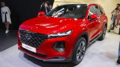 2018 Hyundai Santa Fe front three quarters left side at 2018 Geneva Motor Show