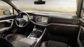 2018 VW Touareg interior dashboard