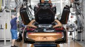 BMW i8 Roadster production line