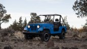 Mahindra Roxor front three quarters