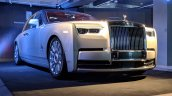 Rolls Royce Phantom VIII front three quarters