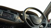2018 Hyundai i20 facelift review steering wheel