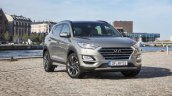 2019 Hyundai Tucson (facelift) front three quarters