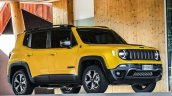 2019 Jeep Renegade Trailhawk side angle