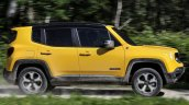 2019 Jeep Renegade Trailhawk side motion