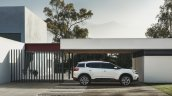 Citroen C5 Aircross profile