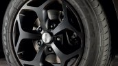 Mahindra XUV500 Italy Sport Pack alloy wheels