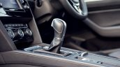 VW Passat review gear selector