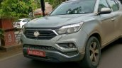 Mahindra Rexton (G4 SsangYong Rexton spy shot front end