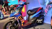 2018 Aprilia Sr 150 Images Front Three Quarters 1