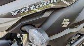 Suzuki V Strom 650 Xt Details Front Blinker Left