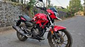 Hero Xtreme 200r Road Test Review Right Front Quar