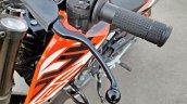 Ktm 125 Duke Abs Review Detail Shots Clutch Lever