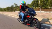 Bajaj Pulsar 220f Abs First Ride Right Front Quart