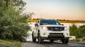 2019 Nissan Frontier Front Three Quarters Right Si