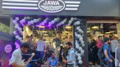 Jawa Dealership Bandra Mumbai Outside 2