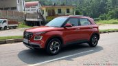 2019 Hyundai Venue Front Three Quarters Red 1