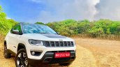 Jeep Compass Trailhawk Front Three Quarters