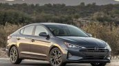 2019 Hyundai Elantra Images Front Three Quarters 8