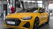 Vegas Yellow 2020 Audi Rs 6 Avant Front Quarters