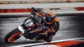 Ktm 890 Duke R Action 1 Motion Front Three Quarter