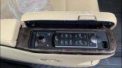 Toyota Vellfire Luxury Mpv 1