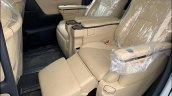 Toyota Vellfire Luxury Mpv Seats