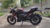 Bs Vi Tvs Apache Rtr 200 4v Review Still Images Le