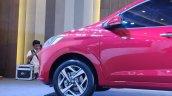 Hyundai Aura Exteriors Side Profile 3