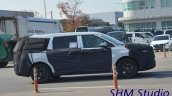 Next Gen Kia Carnival Spotted Side Profile 3