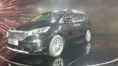 Kia Carnival Front Three Quarters Left Side Auto E